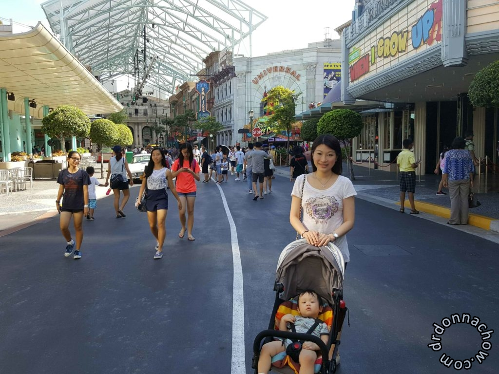 Along the streets at Universal Studios