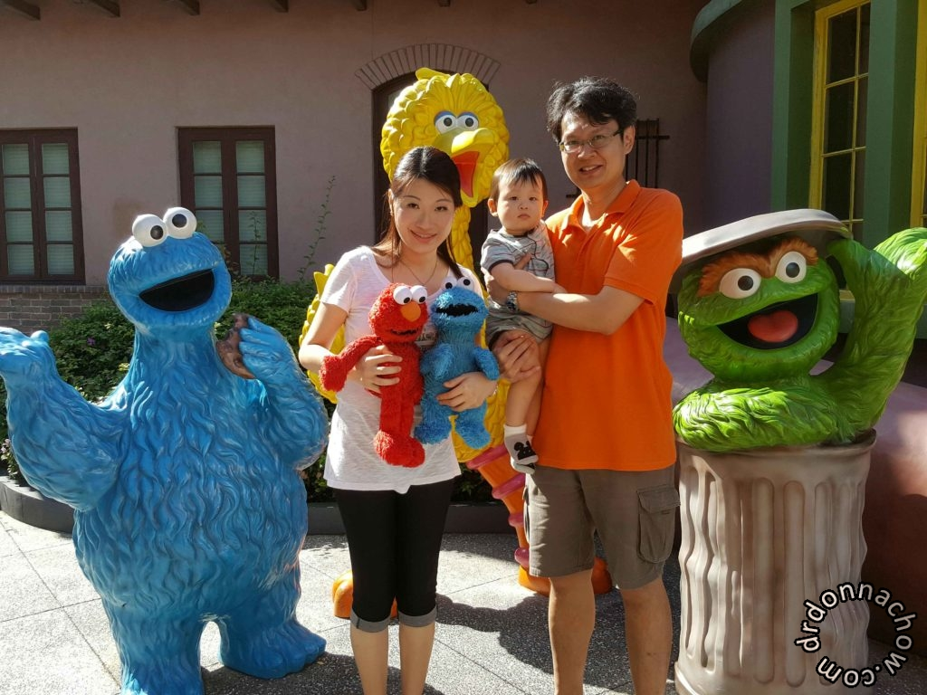 And took some photos with the Sesame Street characters