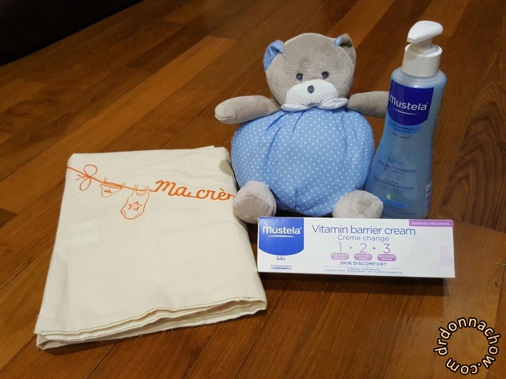 The 4 piece gift pack by Mustela